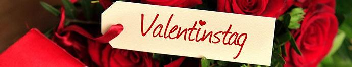 Valentinstag Anhänger auf Rosen